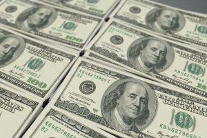 Aptiktas itin gerai padirbtas JAV dolerio superbanknotas, įtariama Š. Korėja
