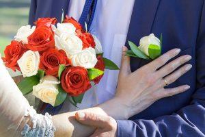 Vasara – vestuvių metas: kada privalu deklaruoti dovanas