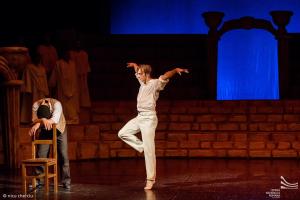 """Specialiai baletui """"Graikas Zorba"""" į Klaipėdą atvyksta primarijus iš Rumunijos"""