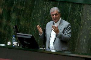 Irano parlamentas pareiškė nepasitikėjimą darbo ministru