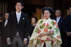 Japonijos princesė ištekėjo už nekilmingojo: pradės paprastos pilietės gyvenimą