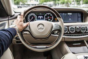 Elektroninės sistemos, padedančios vairuotojui važiuoti patogiau ir saugiau