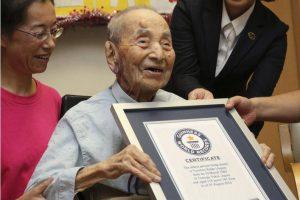Seniausiu pasaulyje vyru pripažintas 112 metų japonas