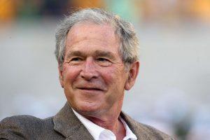 Buvęs JAV prezidentas G. Bushas ligoninėje praleido dar vieną naktį