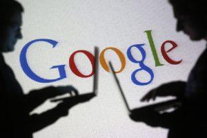 """""""Microsoft"""" ir """"Google"""" užkasė karo kirvį"""