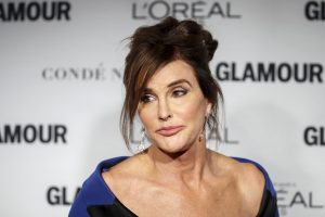 K. Kardashian patėvis džiaugėsi juridiniu savo naujos lyties pripažinimu