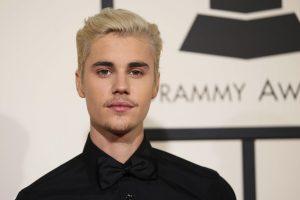 Po nemalonumų naktiniame klube J. Bieberis išėjo iš vakarėlio