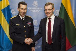 Švedų generolas: Baltijos regione gali kilti konfrontacija tarp Rusijos ir NATO
