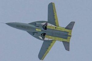 Naujas rusų naikintuvas – su atbulais sparnais