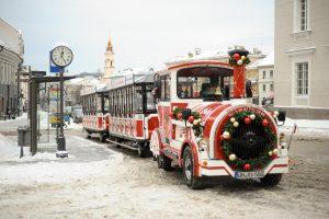 Vilnius žiemos šventėms pirks du turistinius traukinukus