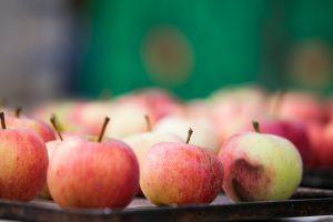 Trys neįprasti būdai, kaip panaudoti obuolių actą