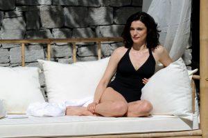 Aktorė R. Weisz: niekuomet nesigulsiu po plastikos chirurgo peiliu