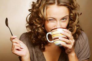 Trys kasdieniai įpročiai, tampantys spąstais moterų sveikatai