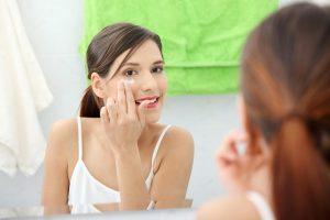 """""""Dermatologiškai patikrinta"""" – ką tai iš tikrųjų reiškia?"""