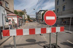 Vairuotojų kančios: uždaryta Maironio gatvė, K. Donelaičio gatvėje – slalomas