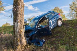 Už Raudondvario – kraupi avarija: į ligoninę išvežti du suaugusieji ir trimetė