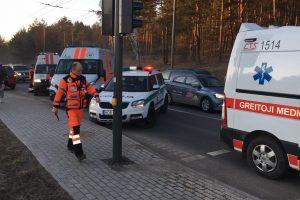 Netoli Kauno marių – keturių mašinų avarija
