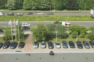 """""""Toyotos"""" ir """"VW Golf"""" avarija paralyžiavo eismą Taikos prospekte"""