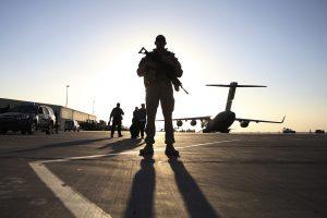 Pentagonas didina karių skaičių Afganistane