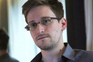 E. Snowdeno malonės peticiją pasirašė per milijonas žmonių