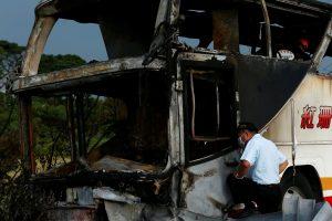 Kinijoje susidūrė autobusas ir sunkvežimis: žuvo 10 žmonių (dešimtys sužeista)