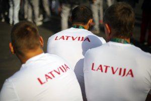 Tyrimas: latviai netiki protestų efektyvumu