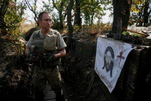 Paliaubas pažeidę separatistų veiksmai pražudė tris Ukrainos karius