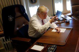 Sveikatos apsauga: D. Trumpas ketinimų neatskleidžia
