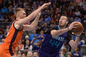NBA sezonas baigtas: kovas tęs J. Valančiūnas ir D. Sabonis