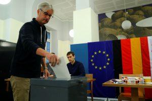 Vokietijoje prasideda balsavimas parlamento rinkimuose
