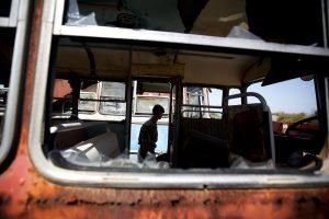 Mokyklinio autobuso avarija Kipre: žuvo vairuotojas ir dvi moksleivės