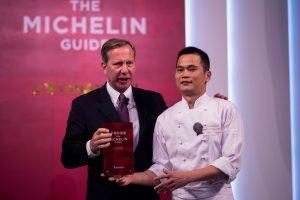 """""""Michelin"""" žvaigždę gavęs Šanchajaus restoranas užsidarė kitą dieną"""