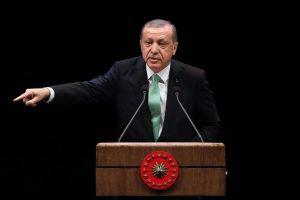 NATO renginyje Turkija reikalauja paremti kovą su kurdais