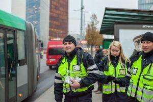 Atšvaitus daliję policininkai aptiko kontrabandinių cigarečių