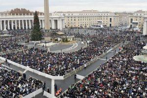 Į Vatikaną keliauja dovanos iš Lietuvos