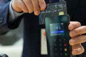 Internetinė prekyba ateityje: parduotuvė kišenėje ir kvapai internetu