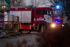 Pražūtingas gaisras Ariogaloje: žuvo mažiausiai du žmonės