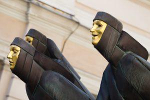 Lietuvos teatro padangėjė – šokio judesiai ir istoriniai motyvai