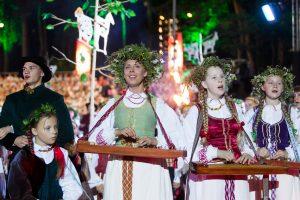 Kvietimas į dainų šventę – net aštuoniomis kalbomis