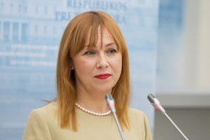 Naujoji ministrė: reikia ieškoti išteklių sistemos viduje