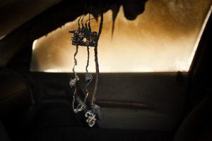 Savaitgalį pavogtas rokiškiečio automobilis degė atvira liepsna
