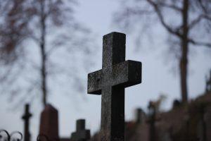Šiaulių kapinėse rastas vyro lavonas