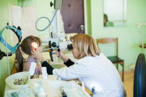 Vaikų teisių apsaugos sąmyšis: dar daugiau popierizmo gydytojams