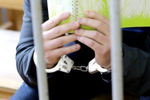 Patėvio nužudymu įtariamas paauglys suimtas dviem mėnesiams