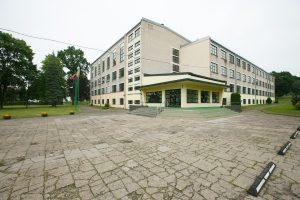 Dėl Šv. Mato gimnazijos – du savivaldybės pasiūlymai
