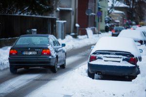 """Įspėja """"drifto"""" mėgėjus: nevaržomi slidinėti mieste gali tik pėstieji"""