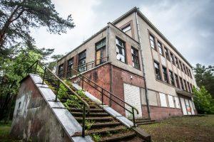 Kulautuvos centre bus atnaujintas dar vienas apleistas pastatas