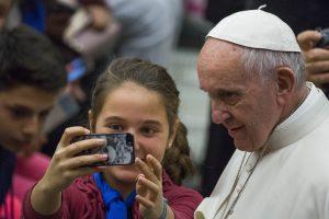 Galimybė pasveikinti popiežių su 80-uoju gimtadieniu