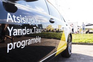"""Gyventojai įspėjami ir toliau nesinaudoti """"Yandex. Taxi"""""""