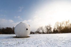 Naujas akcentas Kaune: nutūpė Mažojo princo įkvėpta skulptūra